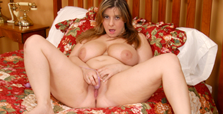 Huge Tit BBW Alix Lakehurst from Plumper Pass